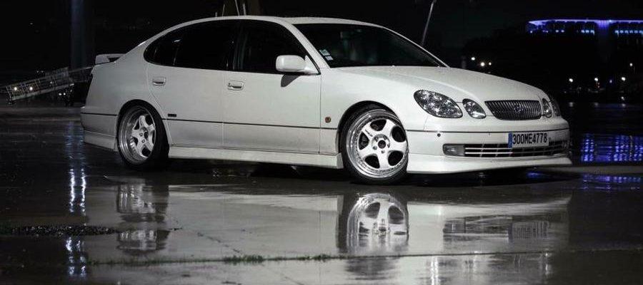 Lexus GS ou Toyota Aristo V300 ?