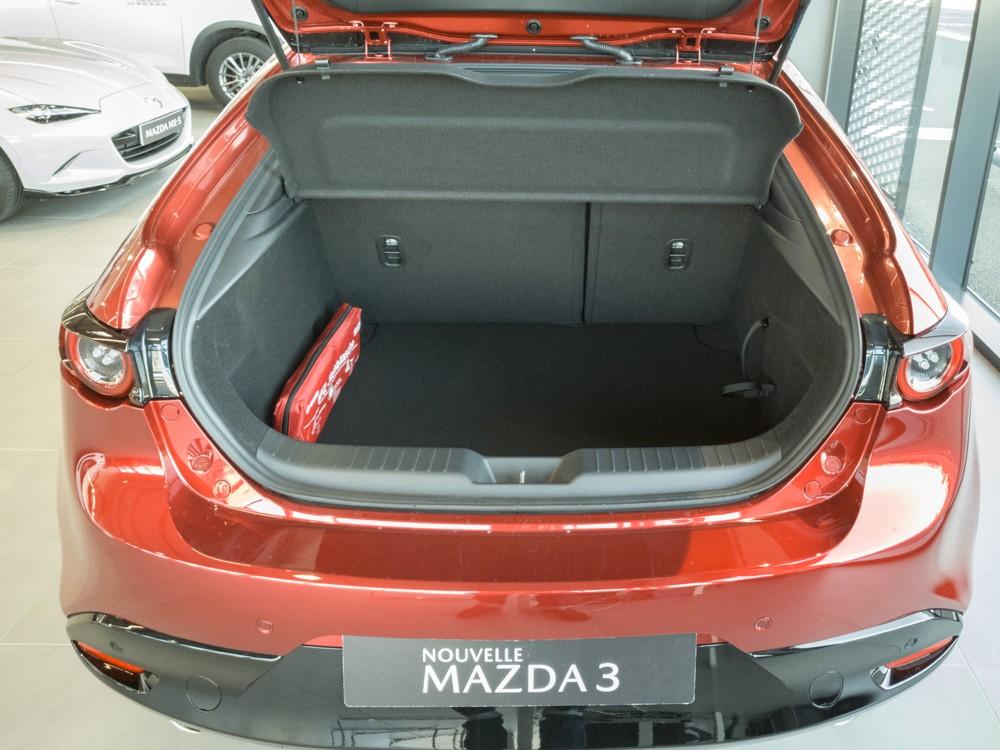Coffre Mazda3 2019