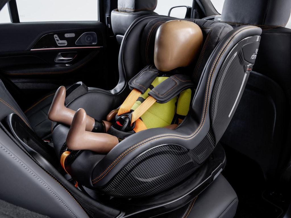 Siège auto connecté par Mercedes et Britax